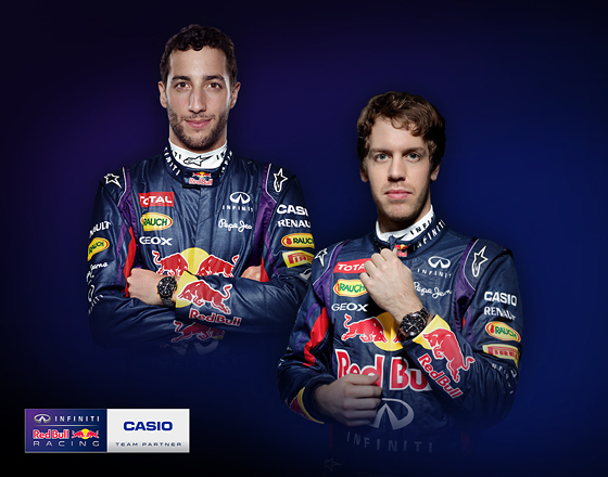 Casio EDIFICE e Infiniti Red Bull Racing a Monza per presentare l'innovativo EQB-500D - Ricciardo - Vettel