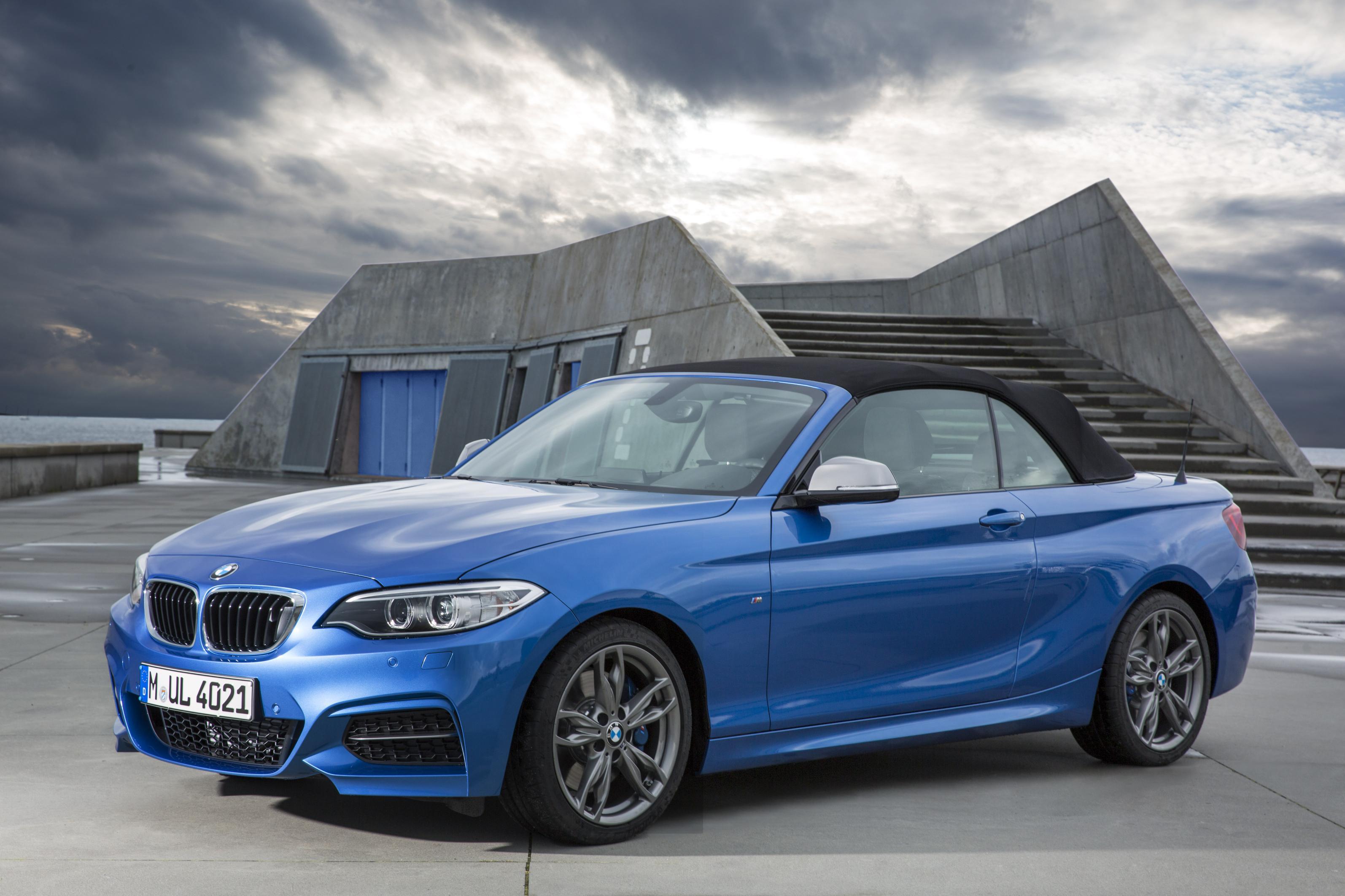 Nuova BMW Serie 2 Cabrio 228i e M235i
