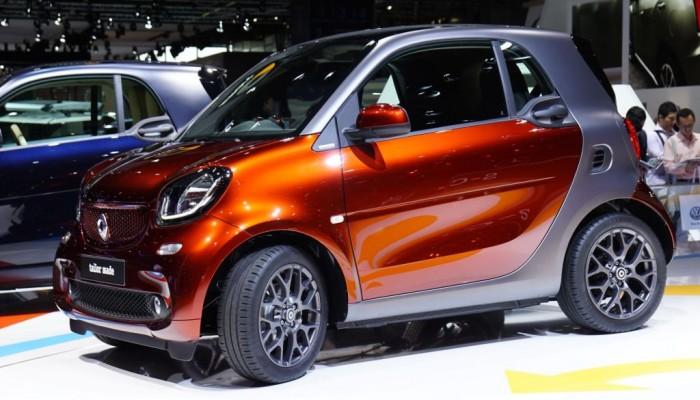 Nuova smart fortwo: prezzi da 12.750 euro e prime consegne a novembre 2014.