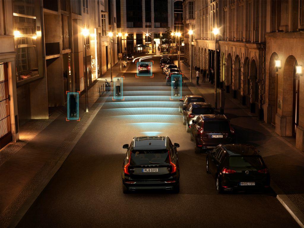 City Safety di Volvo Cars ecco come funziona il sistema per prevenire le collisioni 1