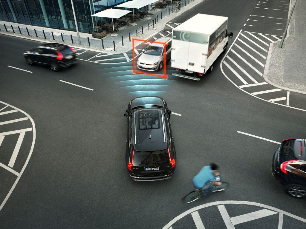 City Safety di Volvo Cars ecco come funziona il sistema per prevenire le collisioni 2