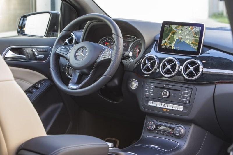 Da Milano ai piedi del Monte Bianco con la nuova Mercedes-Benz Classe B