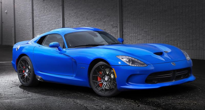 Viper: DNA of a Supercar [video]