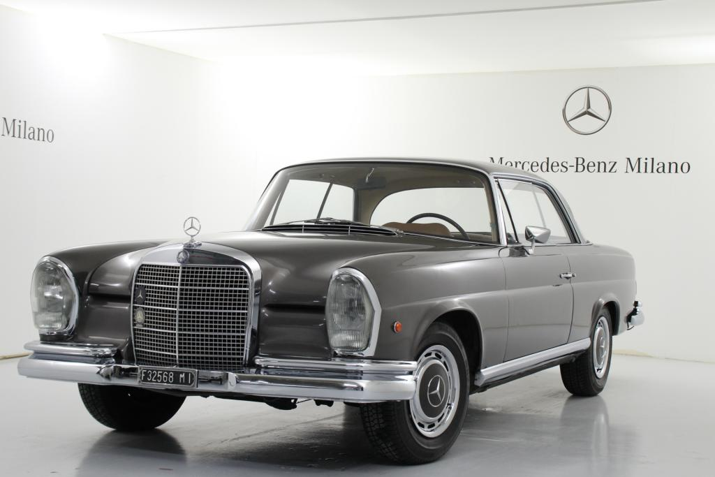 FirstHand l'usato garantito Mercedes-Benz ad Automotoretrò 2015
