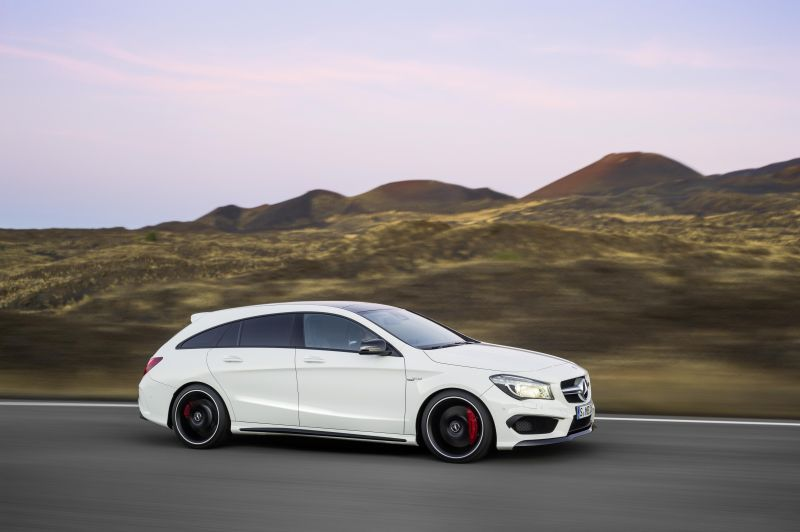 CLA 45 AMG Shooting Brake 2