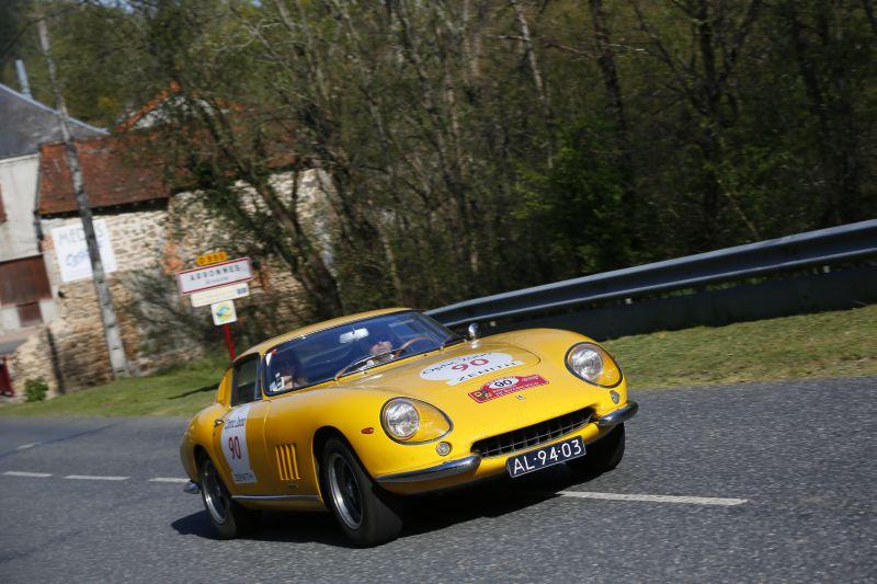 Le Ferrari attraversano la Francia