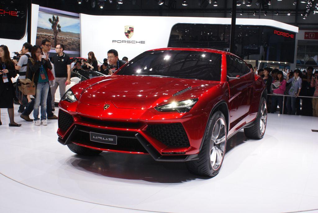 Lamborghini: il SUV di lusso sara prodotto a Sant'Agata Bolognese