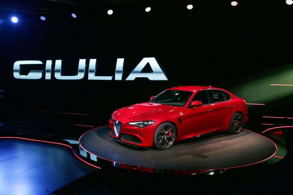 Bridgestone firma con Potenza S001 RFT l'equipaggiamento sportivo della nuova Giulia Alfa Romeo
