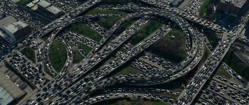 Inquinamento, traffico e parcheggio tra i problemi più sentiti dagli Italiani