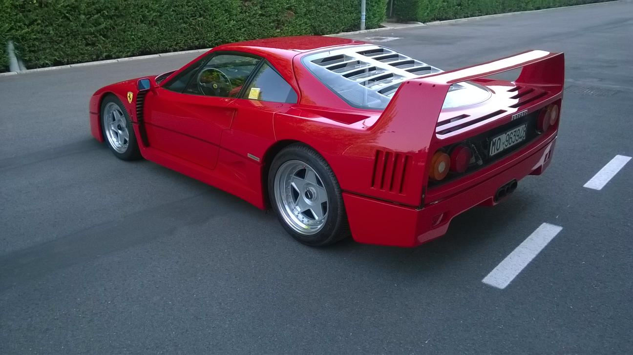 Price record for Ferrari F40 at auction
