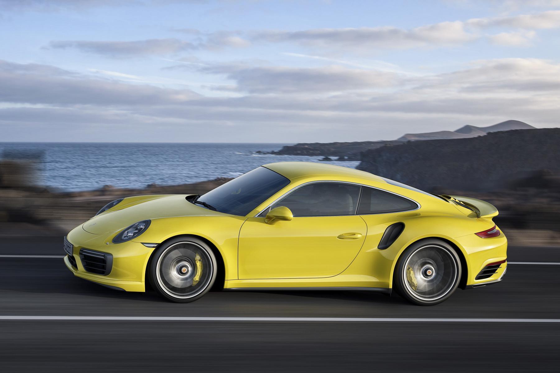 Nuova Porsche 911 Turbo e 911 Turbo S ecco i prezzi 7