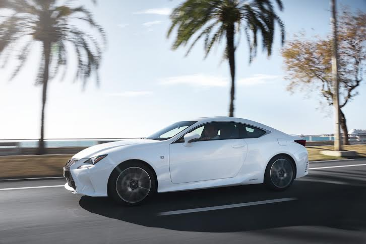 Lexus RC Hybrid prima coupé Full-hybrid 4 posti 2