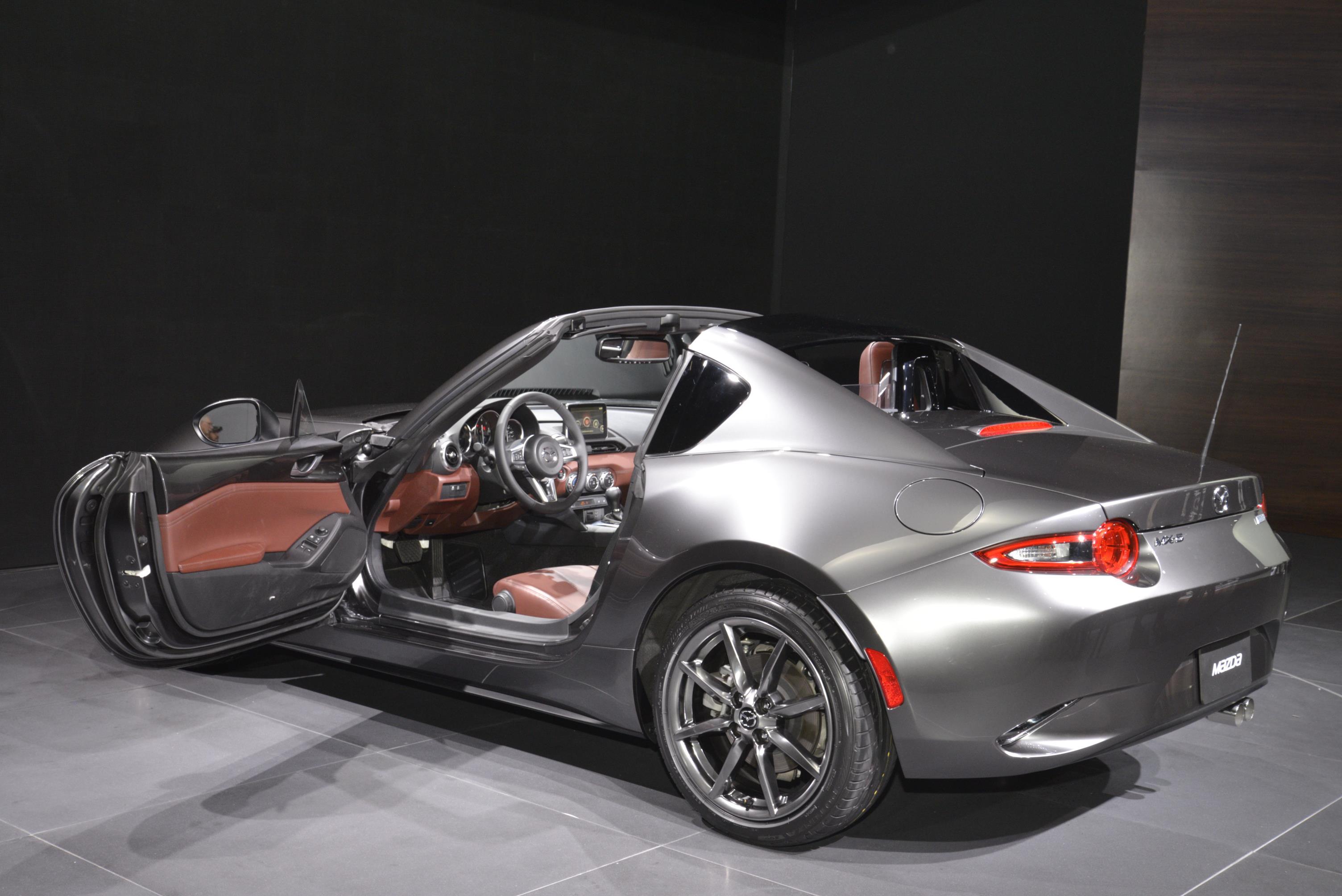 """Nuova Mazda MX-5 versione """"Targa"""""""