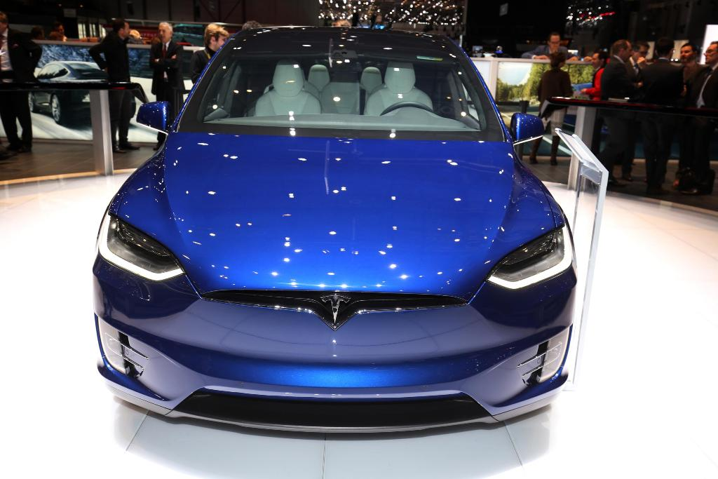 Tesla Model X BlogMotori_com 14