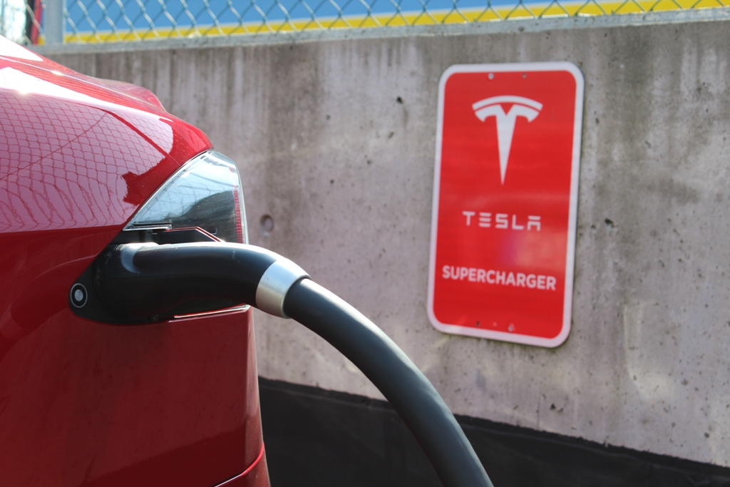 Quanto costa ricaricare una Tesla?