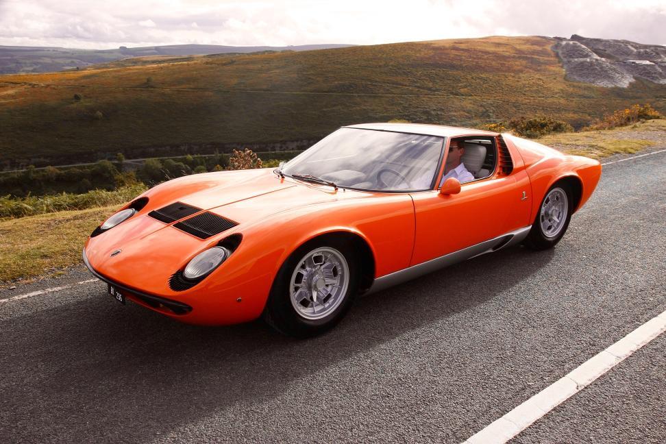 Automobili Lamborghini celebra i 50 anni della Miura