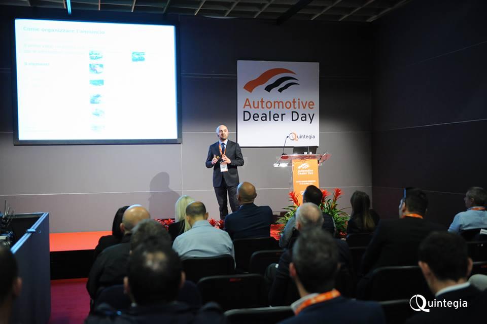 Nell'immagine sopra, Sergio Lanfranchi in occasione dell'AutoScout24 Dealer Academy 2015