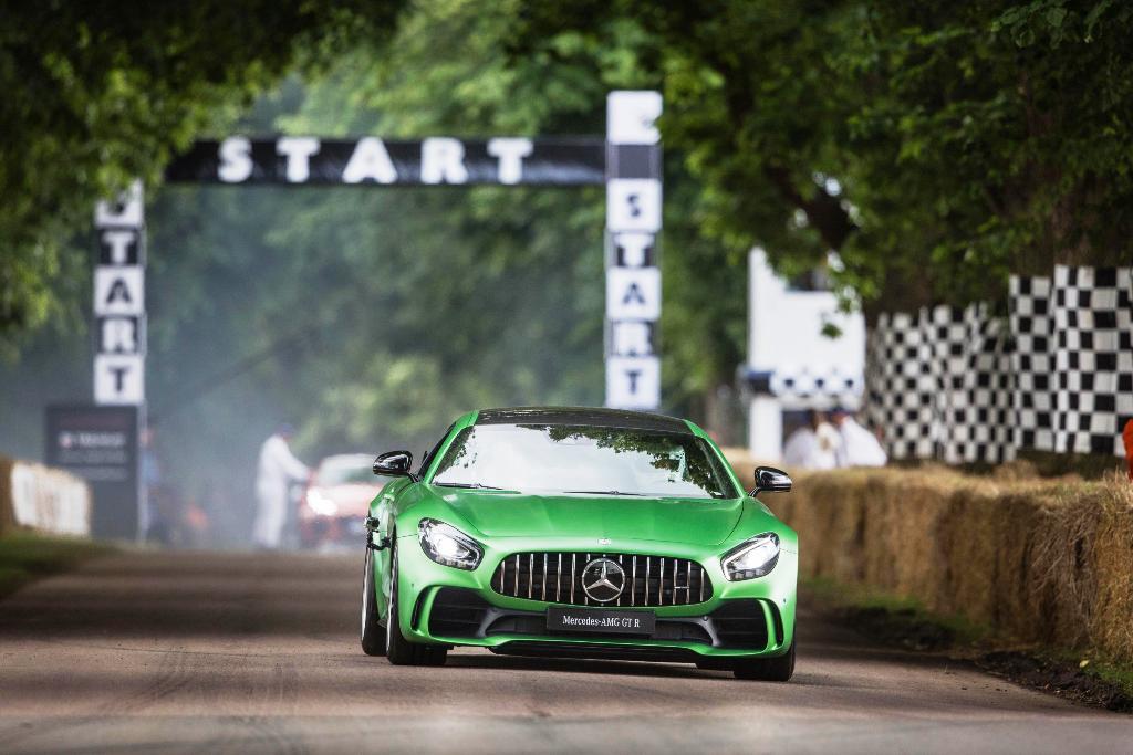 Mercedes-AMG GT R Foto dal vivo 02