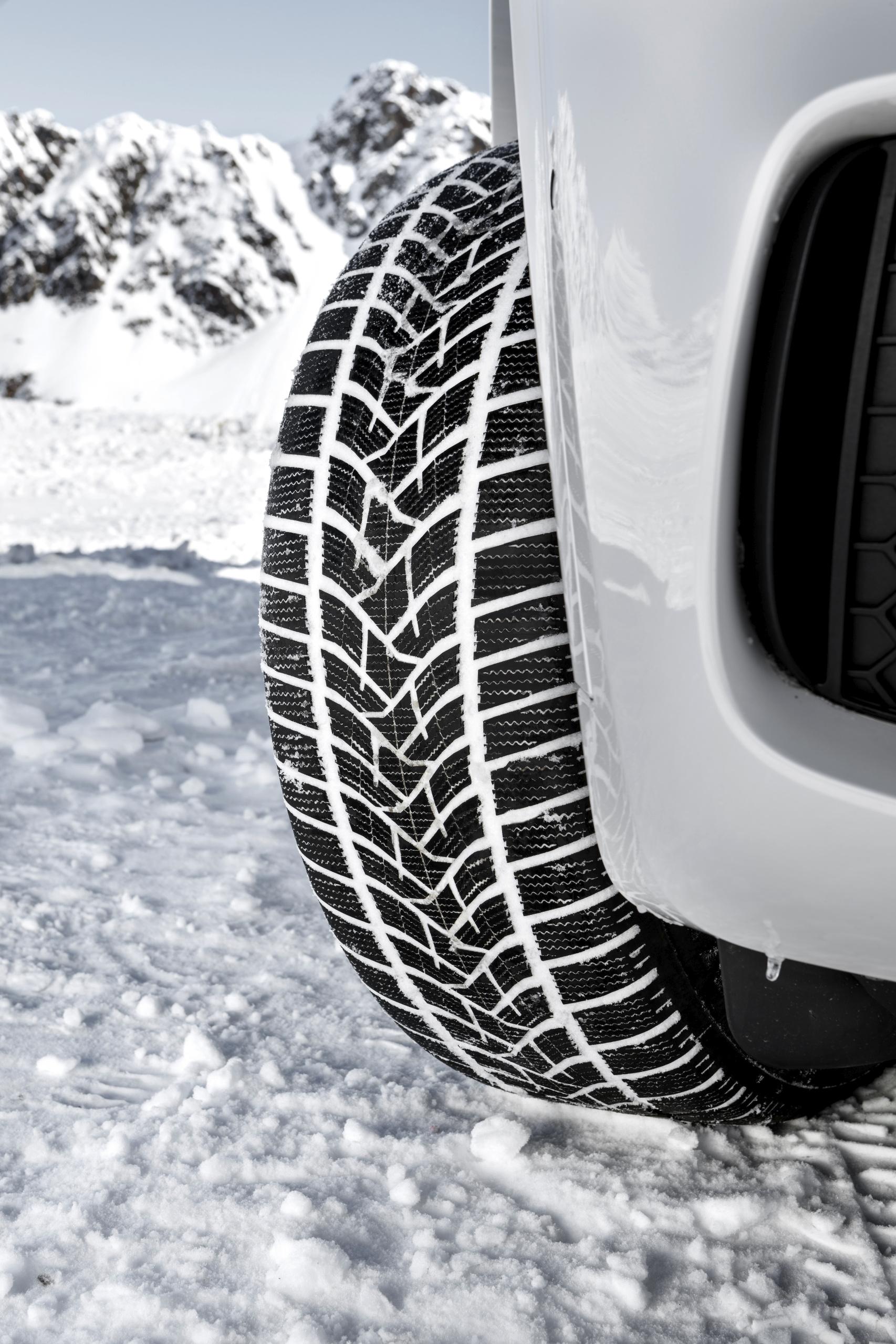 I nuovi pneumatici invernali di Dunlop Winter Sport 5 SUV