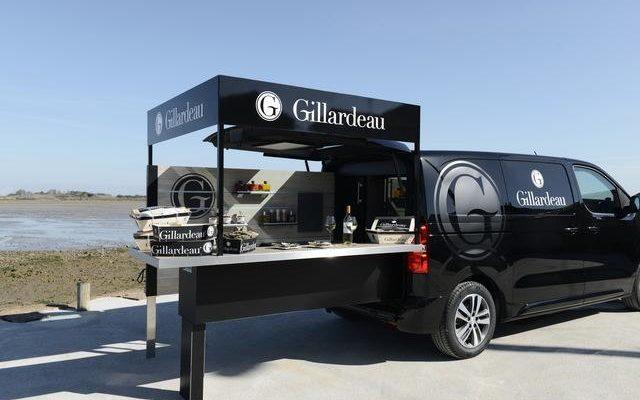 Foodtruck Peugeot per la degustazione di ostriche