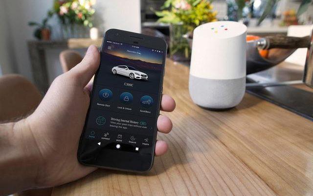 """La domotica di Google Home ed Amazon Alexa entra nel """"terzo living"""""""