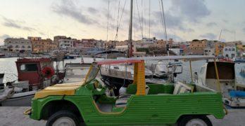 Lampedusa: il mare cristallino, la Mehari e le foto con GoPro e Dome