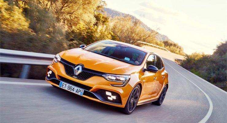 Nuova Renault MEGANE R.S.: performance allo stato puro per gli amanti della guida sportiva